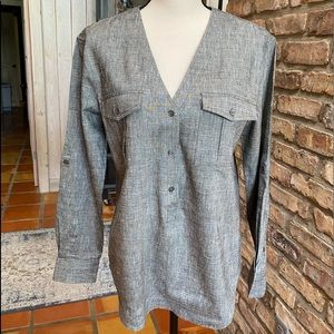 Theory NWOT incredibly classic linen top. Amazing!